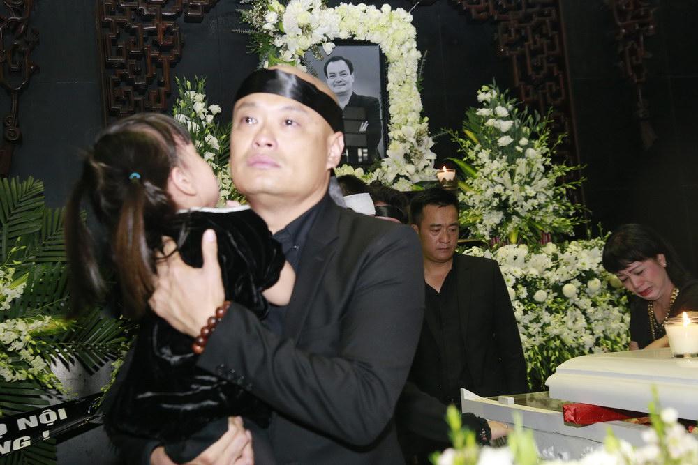 Nghẹn ngào lễ tang nhạc sĩ Thanh Tùng 5