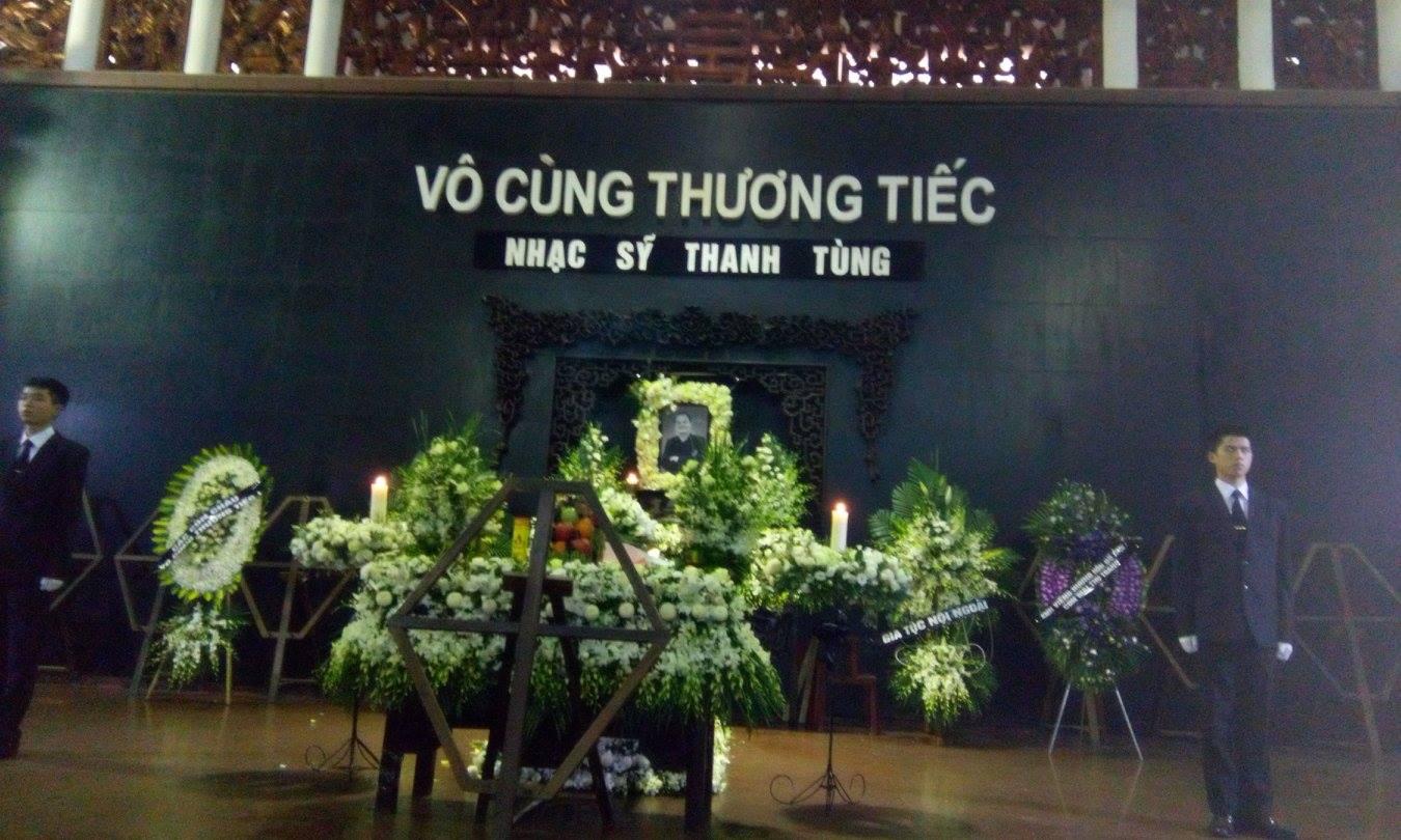 Nghẹn ngào lễ tang nhạc sĩ Thanh Tùng 20