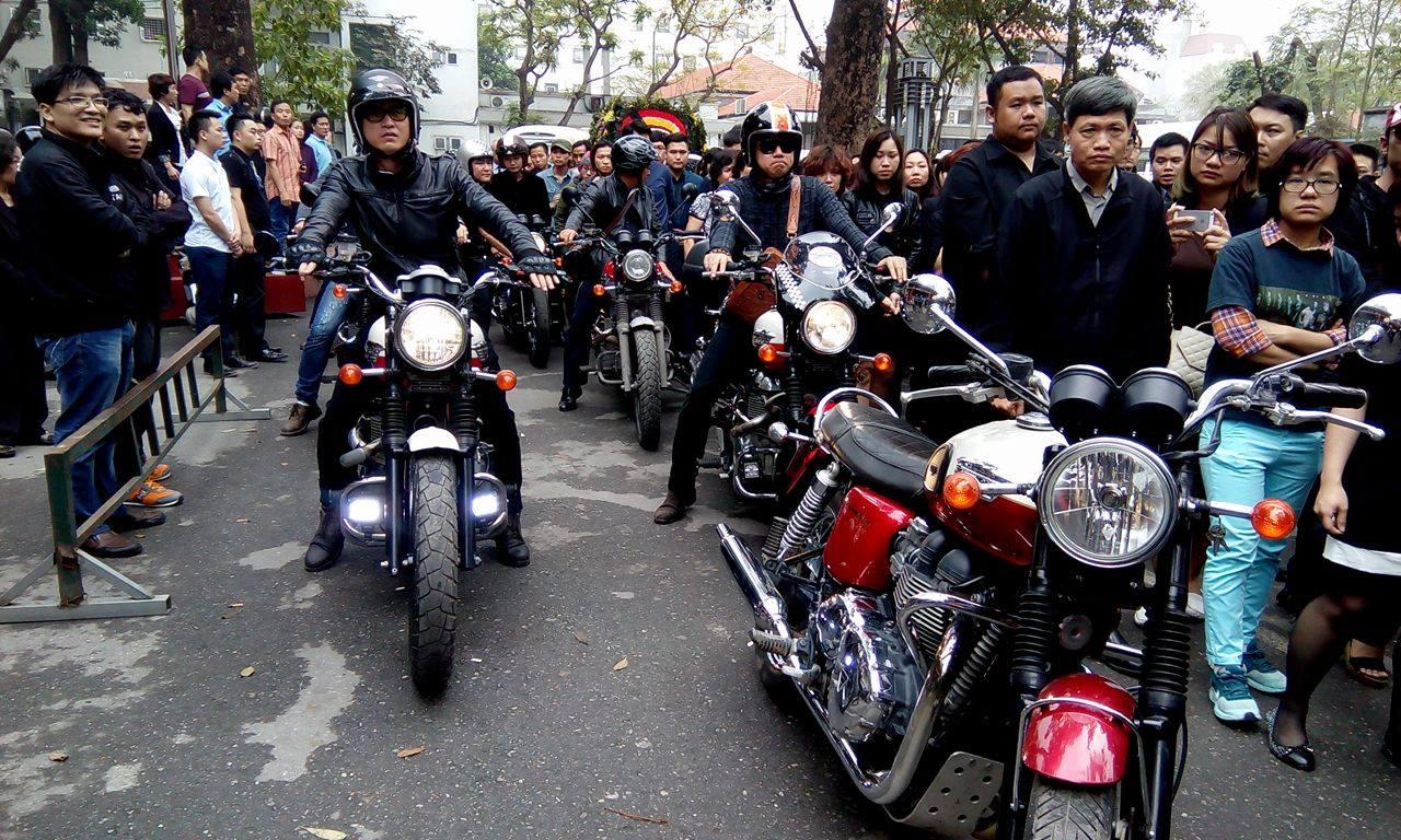 MC Anh Tuấn dẫn đầu đoàn xe motor đưa tiễn Trần Lập 5