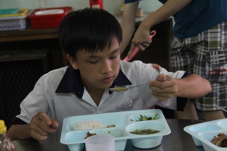 Quán cơm miễn phí cho người nghèo tại TP. Hồ Chí Minh 7