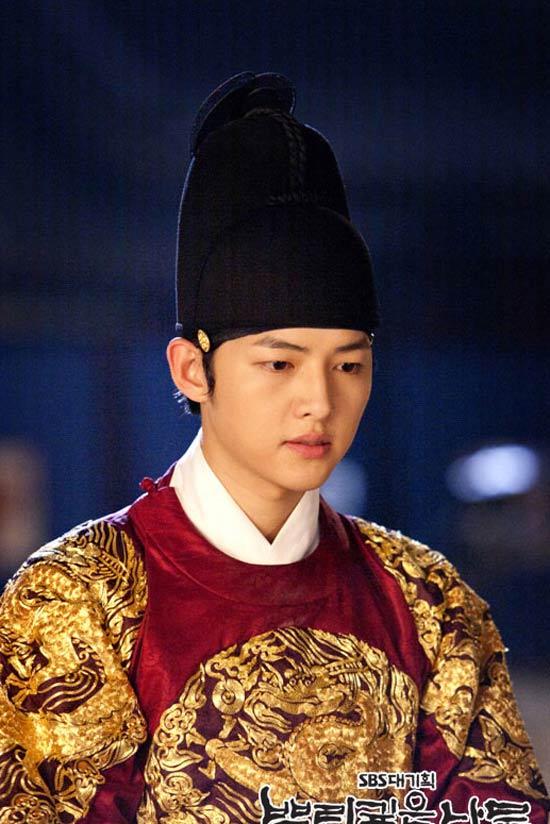 Song Joong Ki và con đường trở thành hoàng tử màn ảnh châu Á 6