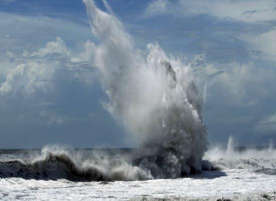 Dự báo thời tiết hôm nay 25/3: Không khí lạnh gây gió mạnh trên biển 1