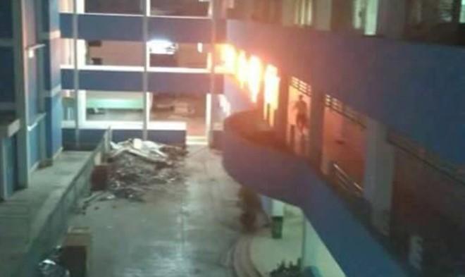 Bệnh viện bốc cháy trong đêm, hàng chục bệnh nhân di tản 1