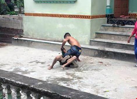 Sự thật vụ con trai đánh cha