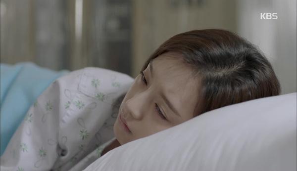 'Hậu Duệ Mặt Trời' tập 11: Song Joong Ki từ bỏ quân phục, liều mạng cứu Song Hye Kyo 11