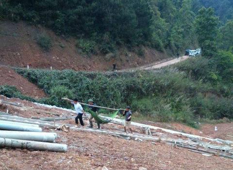Lạng Sơn: Ô tô Suzuki 7 chỗ lao xuống vực 5 người thương vong  1