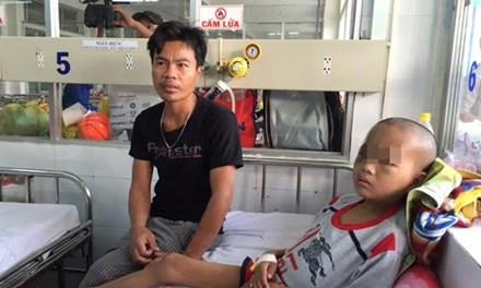 Phẫu thuật lấy búi sán khủng trong não bé trai 1