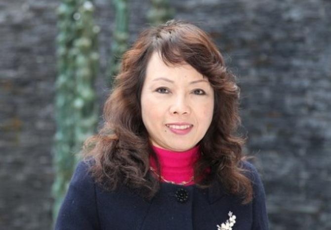 Bà Nguyễn Thị Kim Tiến làm Bộ trưởng đến hết khóa 1