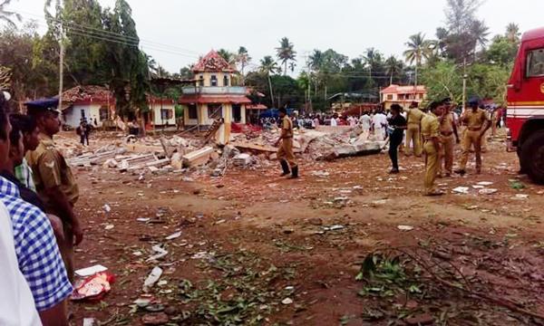 Màn pháo hoa thành thảm kịch ở ngôi đền Ấn Độ, ít nhất 80 người chết 1