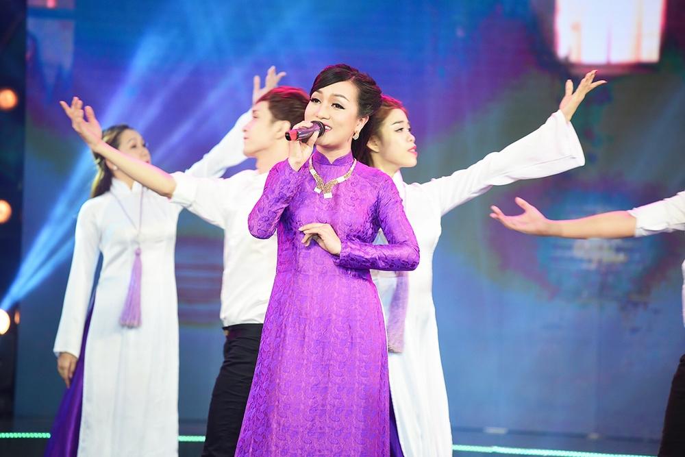 Hình ảnh Quách Thành Danh chiến thắng thuyết phục trong đêm nhạc Bảo Yến số 12