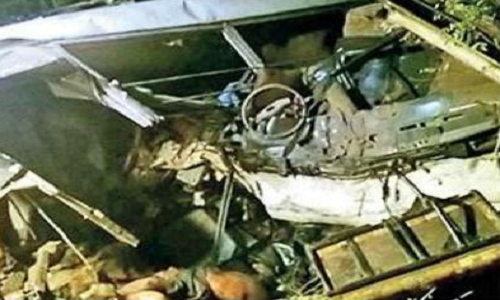 Ân Độ: Xe buýt lao xuống hẻm núi, ít nhất 30 người thiệt mạng 1