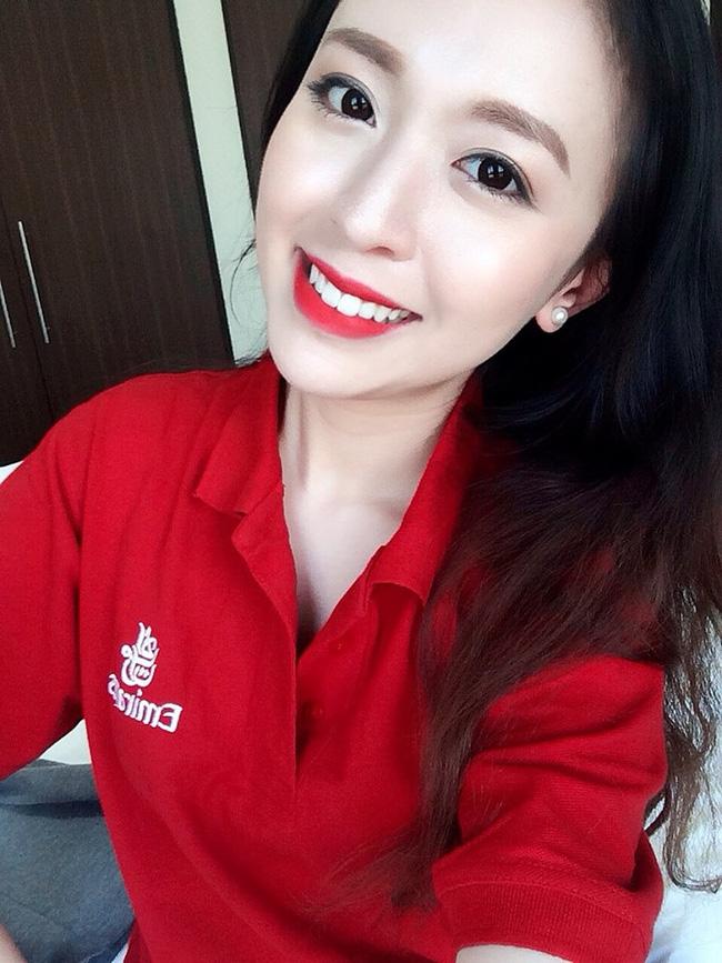 Tiếp viên hàng không quốc tế có nụ cười tỏa nắng, gây bất ngờ khi là người Việt  2