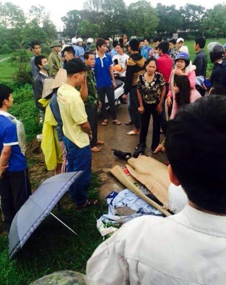 Nam thanh niên bị sét đánh tử vong gần KCN Nội Bài 1