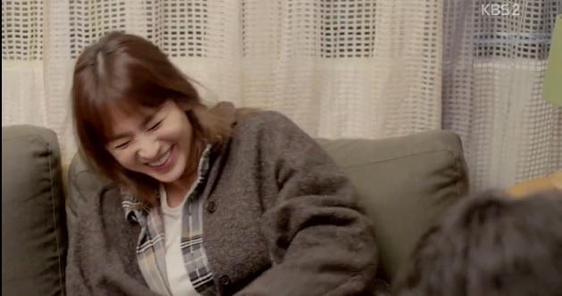 Hậu trường: Song Jong Ki cười lăn lộn khi Song Hye Kyo diễn cảnh say 2