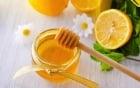 Đời sống - Cách trị tàn nhang bằng mật ong tại nhà cực hiệu quả