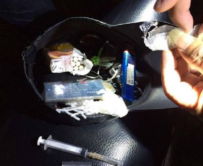 Bắt quả tang nhân viên sân bay Nội Bài mang ma túy trong người 1