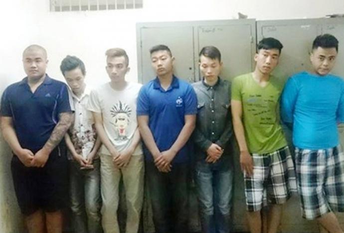 Tạm giữ 8 quái xế đại náo đường phố Hà Nội 1