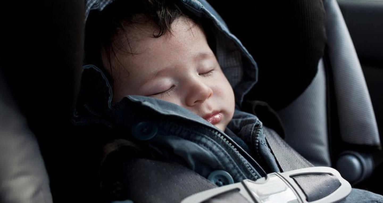 Những điều cần lưu ý khi đưa trẻ đi nghỉ Lễ bằng ôtô 2