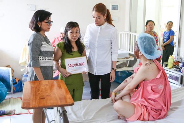 Truyền thông Thái Lan khen ngợi Trương Ngọc Ánh 2