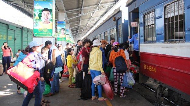 Tàu du lịch tuyến Bắc - Nam tăng thêm chuyến trong dịp hè 1