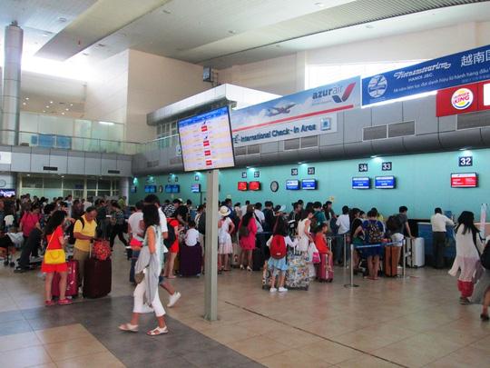 Nhân viên an ninh đánh khách Trung Quốc ở sân bay Cam Ranh 1