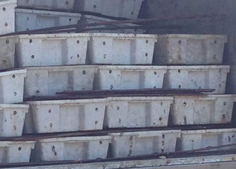 Bắt xe tải chở 3 tấn cá chết thối đi làm nước mắm 1