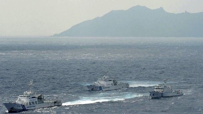Video: Tàu cá Trung Quốc chìm vì đâm tàu nước ngoài trên Biển Hoa Đông 1