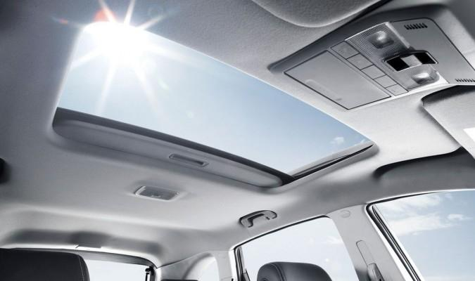 Cửa sổ trời trên xe hơi: Những tác dụng ít người biết 1