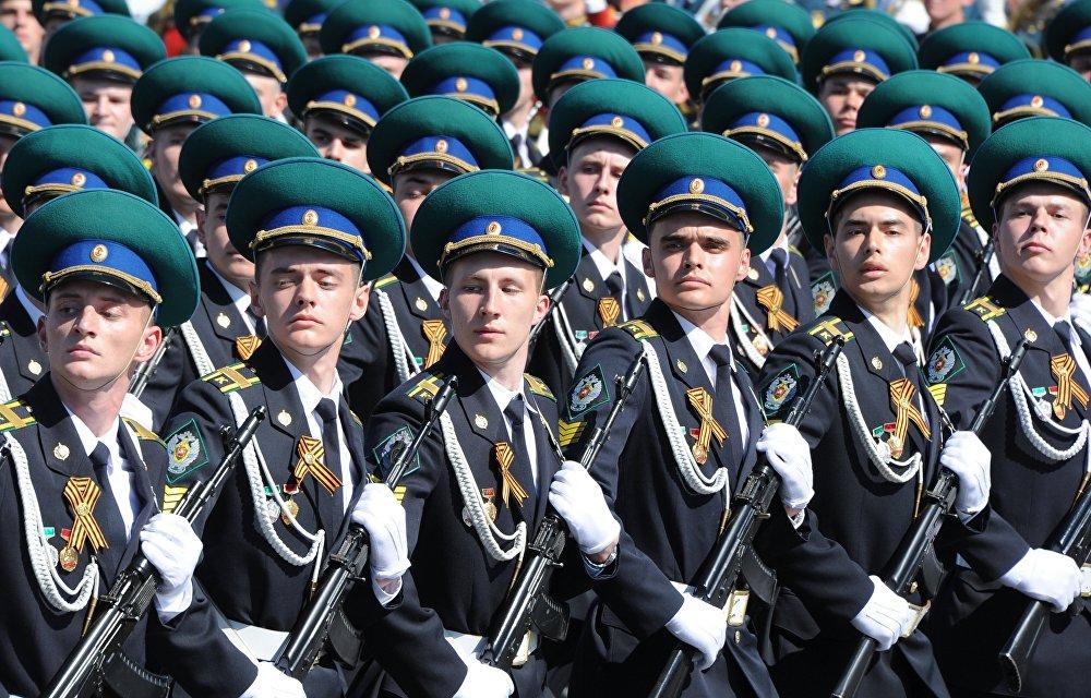 Những hình ảnh ấn tượng nhất trong lễ duyệt binh của Nga 10