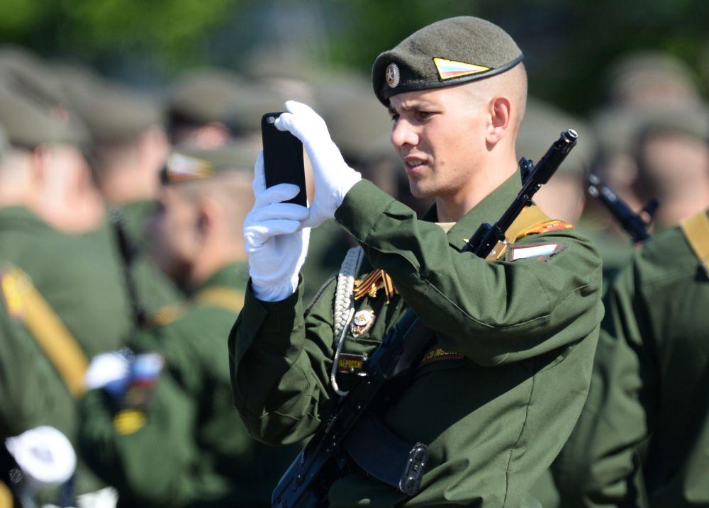 Những hình ảnh ấn tượng nhất trong lễ duyệt binh của Nga 8
