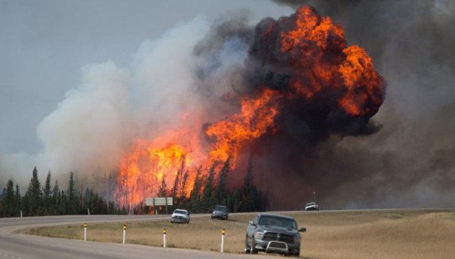 Cháy rừng tại Canada tiếp tục lan rộng 4