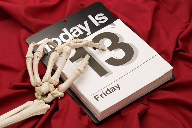 Thứ 6 ngày 13: Vì sao người phương Tây lại gọi là ngày đen đủi? 1
