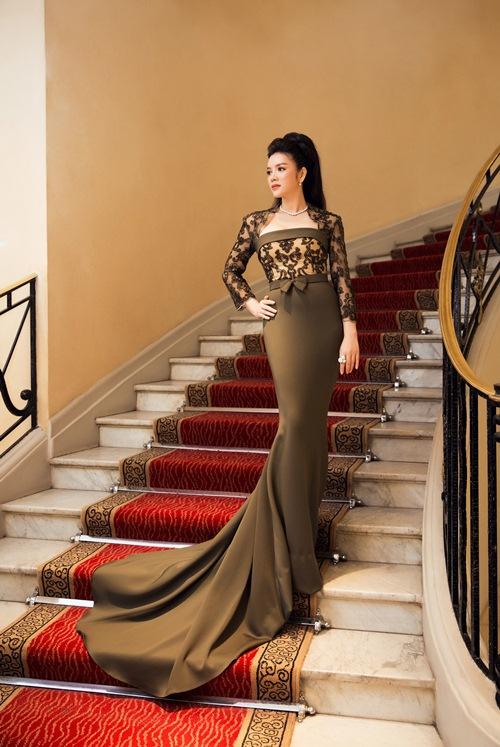 'Bà trùm' kim cương Lý Nhã Kỳ xuất hiện kiêu sa, lộng lẫy trên thảm đỏ LHP Cannes 5
