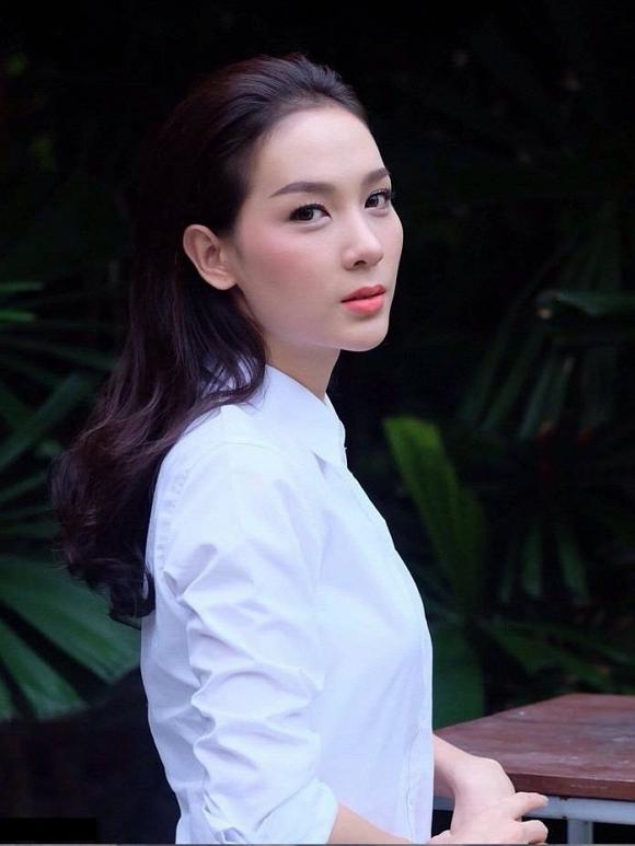 Ngắm nhan sắc xinh đẹp của Tân Hoa hậu chuyển giới Thái Lan 9
