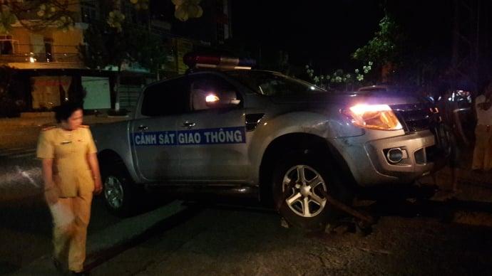 Truy bắt tài xế vi phạm tốc độ, tông thẳng vào xe CSGT 1