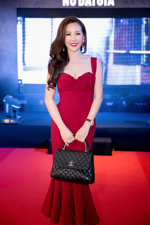 Hoa hậu Thu Hoài trẻ trung dự event cùng siêu mẫu Hàn Quốc điển trai 3
