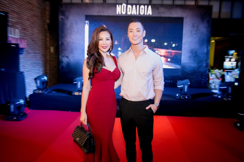 Hoa hậu Thu Hoài trẻ trung dự event cùng siêu mẫu Hàn Quốc điển trai 4
