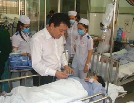 Tai nạn thảm khốc ở Bình Thuận: Thêm một nạn nhân nữa nguy kịch 1