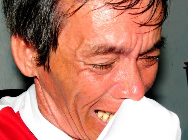 Tai nạn thảm khốc ở Bình Thuận: Chồng khóc vợ, con khản tiếng gọi mẹ 1