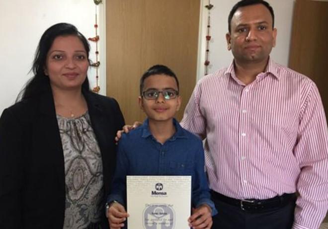 Thần đồng 11 tuổi muốn chế tạo robot biết phẫu thuật 1