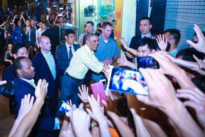 Những hình ảnh ấn tượng của Tổng thống Mỹ Obama ở Hà Nội 11