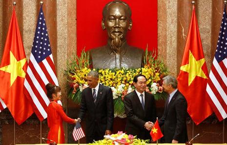 Vietjet Air và Boeing ký hợp đồng 11,3 tỷ USD trong chuyến thăm Việt Nam của ông Obama 1