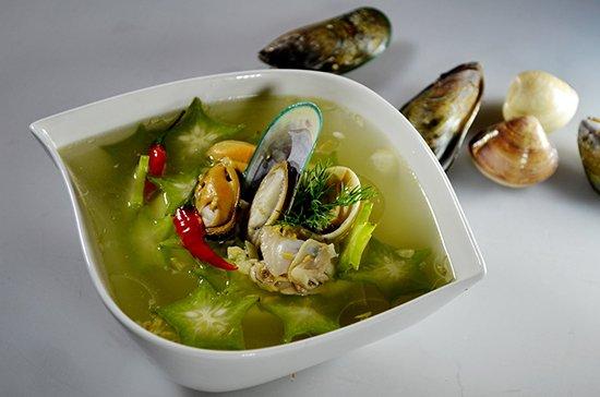 Nhà giàu Việt chơi sang ăn canh chua vẹm xanh Pháp 700.000 3