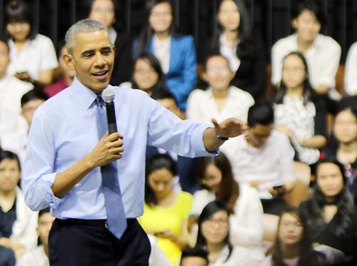Obama thẳng thắn chia sẻ chuyện từng hút cần sa với thanh niên Việt 3