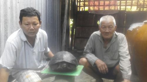 Bắt được rùa 'khủng' nặng gần 9kg 1