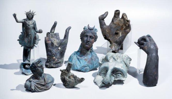 Phát hiện xác tàu 1.600 tuổi với hàng nghìn cổ vật 1