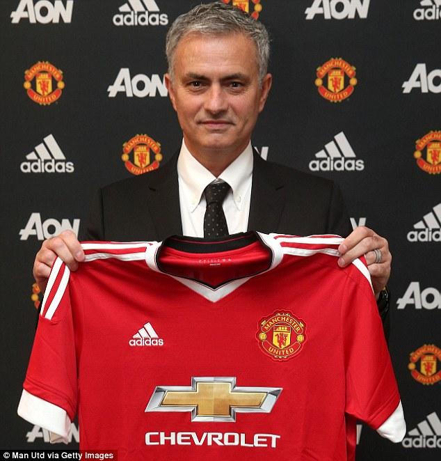 Mourinho coi việc được dẫn dắt MU là một đặc ân 1