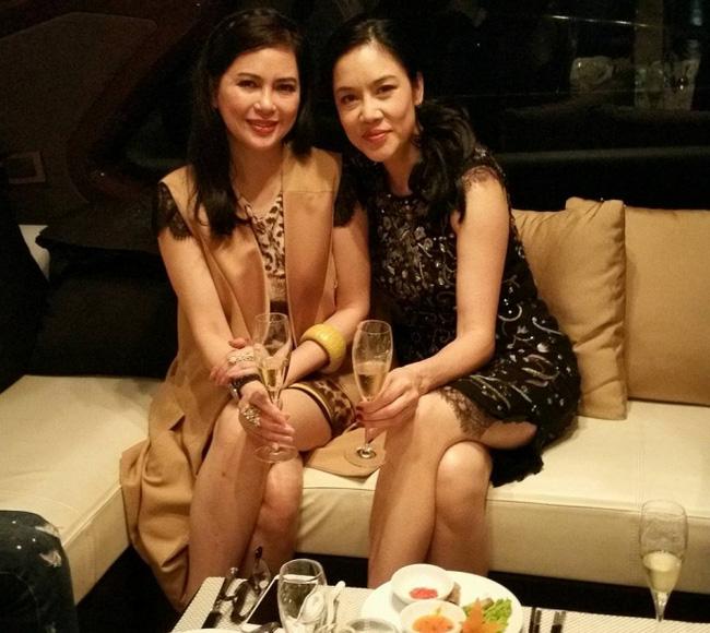 Chiêm ngưỡng phòng karaoke dát vàng của mẹ chồng Hà Tăng 2