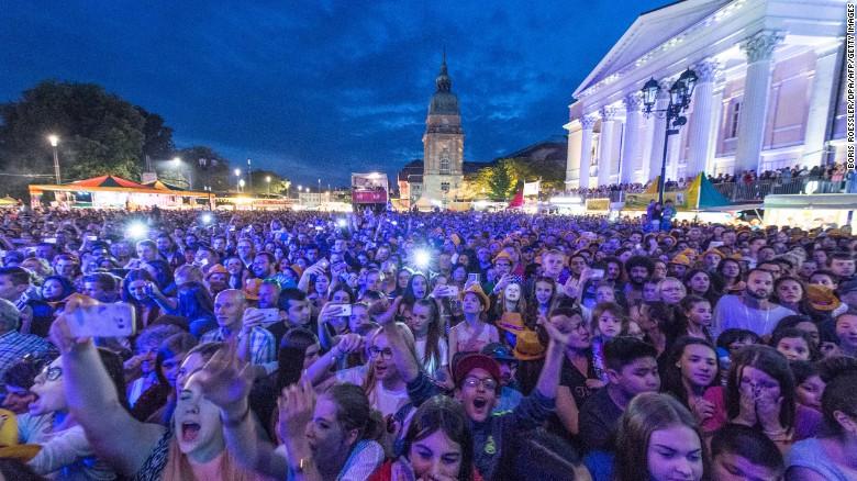 26 phụ nữ bị tấn công tình dục trong buổi hòa nhạc 1
