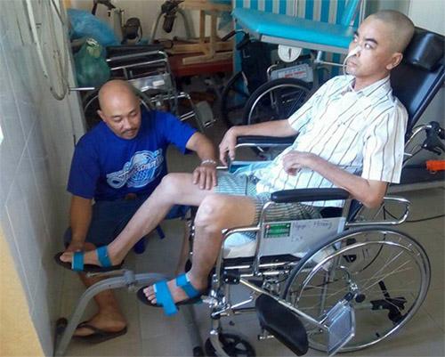 Diễn viên Nguyễn Hoàng nhập viện ghép hộp sọ 1